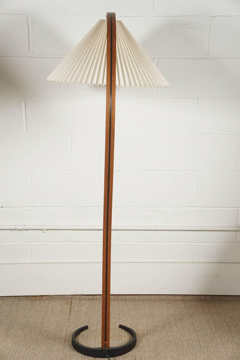 Caprani Standing Lamp In Excellent Condition For Sale In Hudson, NY