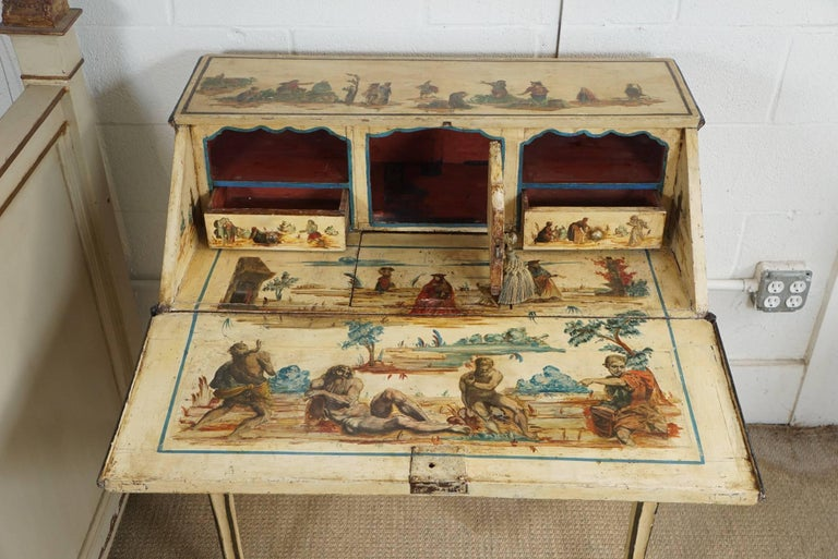 Italian Painted Desk with Decoupage Figures In Excellent Condition For Sale In Hudson, NY
