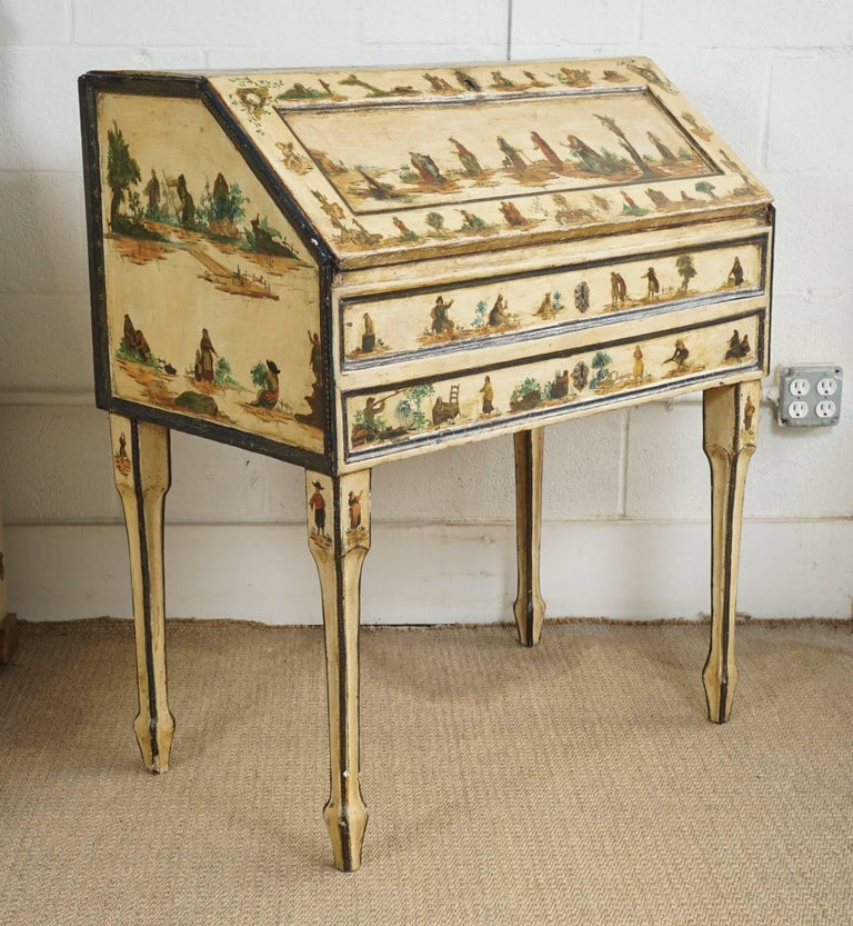 Italian Painted Desk with Decoupage Figures For Sale 1