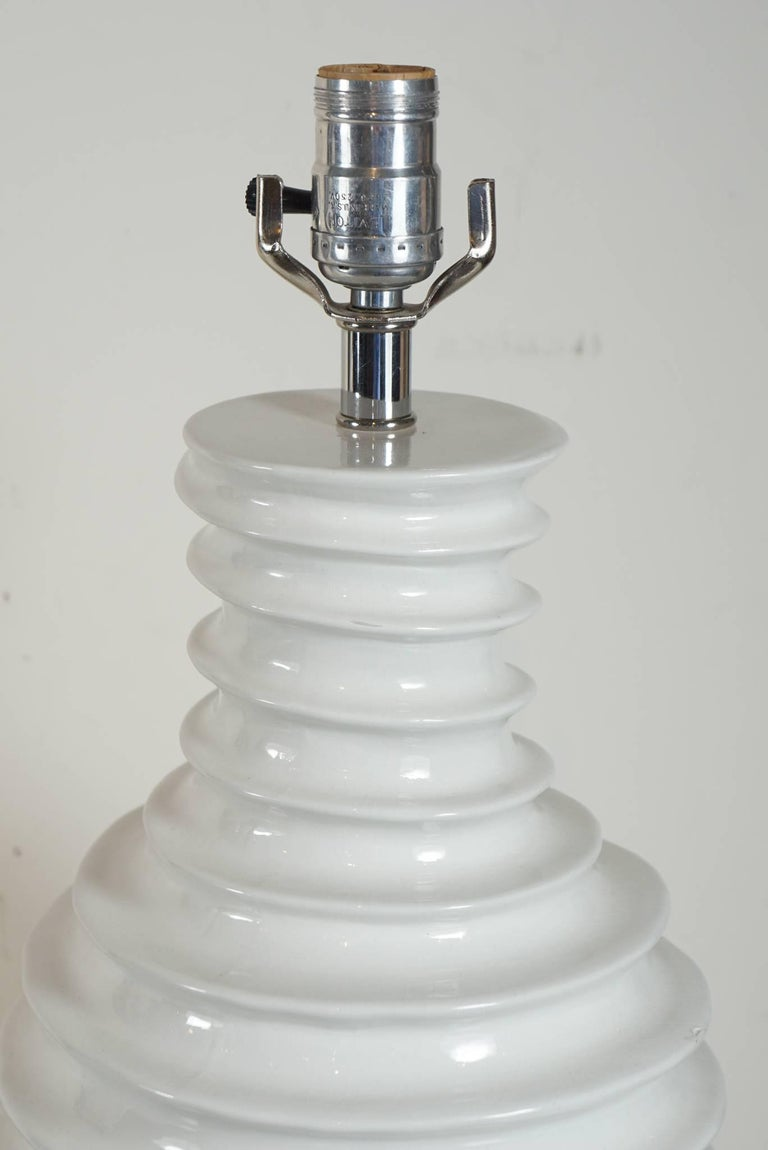 Late 20th Century Pair of White Porcelain Lamps with Spiral Motif For Sale