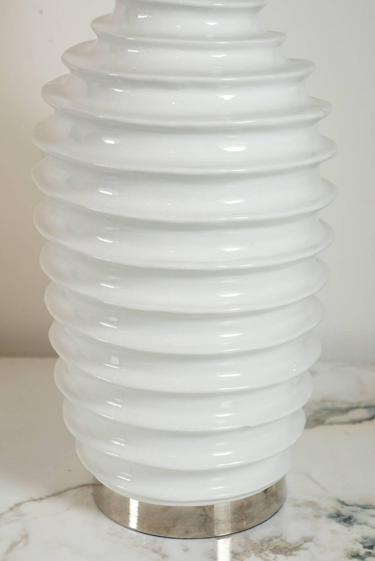 Pair of White Porcelain Lamps with Spiral Motif For Sale 1