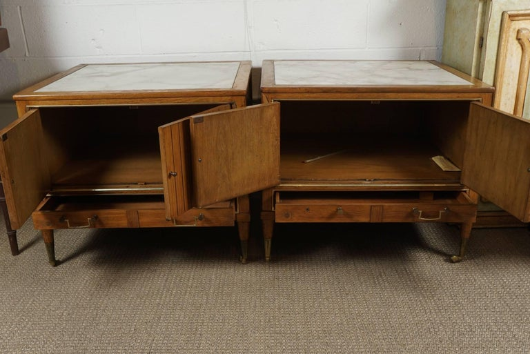 Pair of End Tables with a Maple Finish and Marble Tops For Sale 1