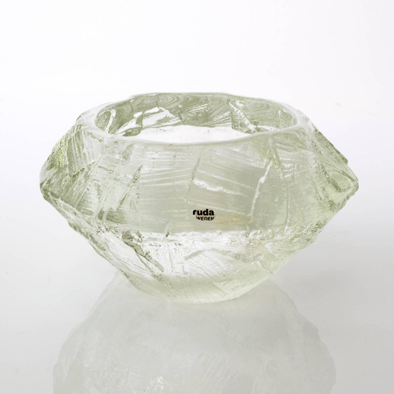 20th Century Scandinavian Modern Mid-Century Clear Glass Bowl by Gore Augustsson, Ruda For Sale