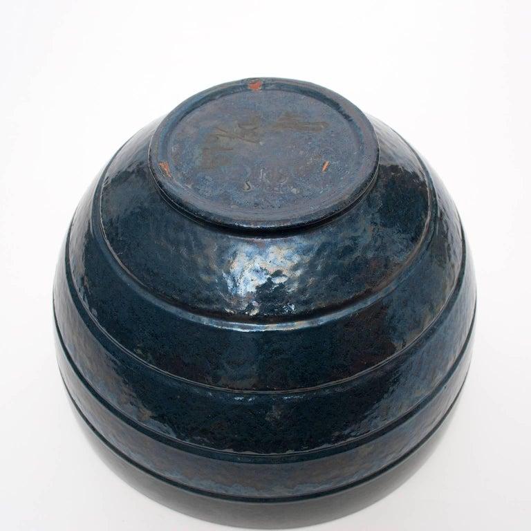 Ceramic Large Scandinavian Modern ceramic bowl by Jerk Werkmäster for Nittsjo