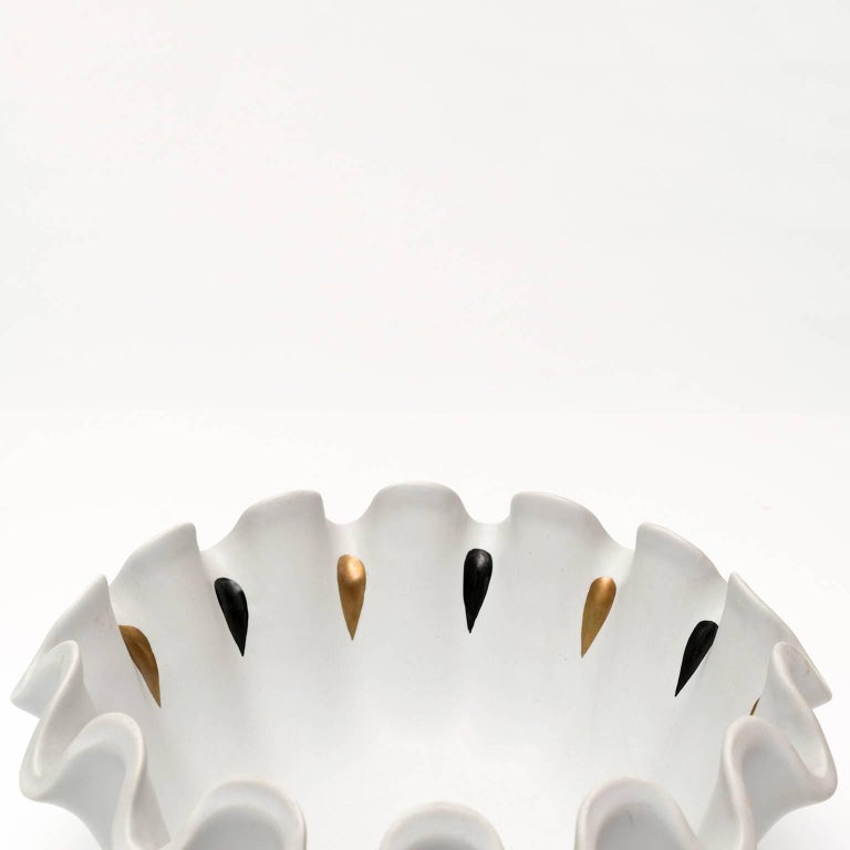 20th Century Scandinavian Modern Wilhelm Kage Ceramic Carrara Bowl  For Sale