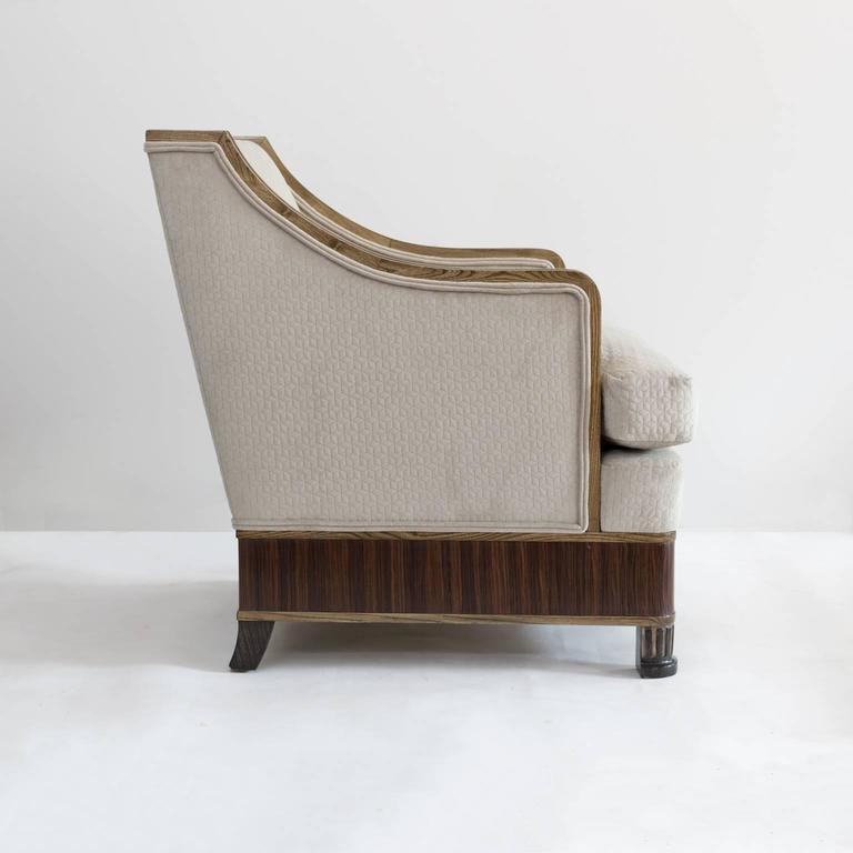 Carved Elegant Pair of Swedish Art Deco Armchairs in Solid Elm and Rosewood Veneer For Sale