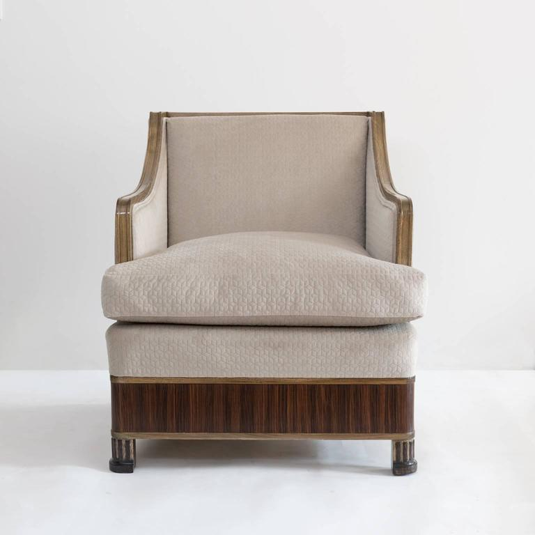 Elegant Pair of Swedish Art Deco Armchairs in Solid Elm and Rosewood Veneer In Excellent Condition For Sale In New York, NY