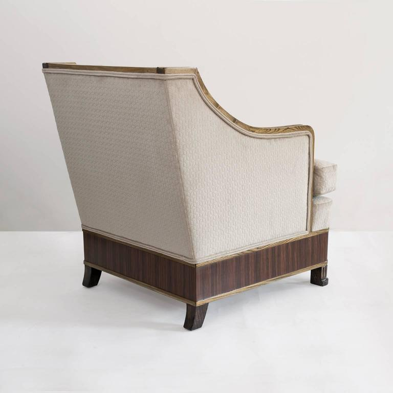 20th Century Elegant Pair of Swedish Art Deco Armchairs in Solid Elm and Rosewood Veneer For Sale