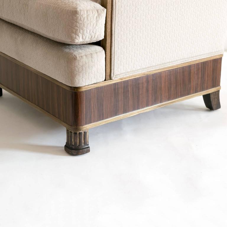 Elegant Pair of Swedish Art Deco Armchairs in Solid Elm and Rosewood Veneer For Sale 1