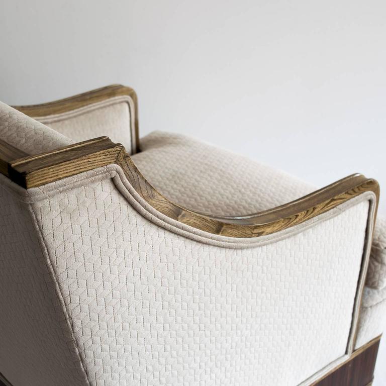 Elegant Pair of Swedish Art Deco Armchairs in Solid Elm and Rosewood Veneer For Sale 3