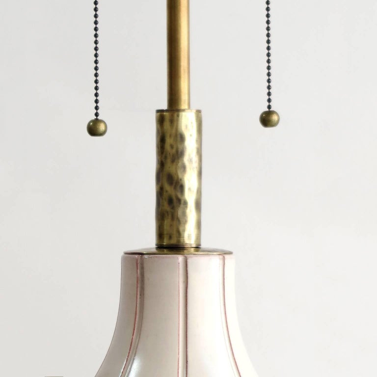 Scandinavian Modern Ceramic Lamp by Ewald Dahlskog, Bo Fajans, Sweden In Good Condition For Sale In New York, NY