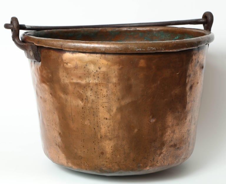 19th Century Copper Cauldron/Log Holder In Good Condition For Sale In New York, NY