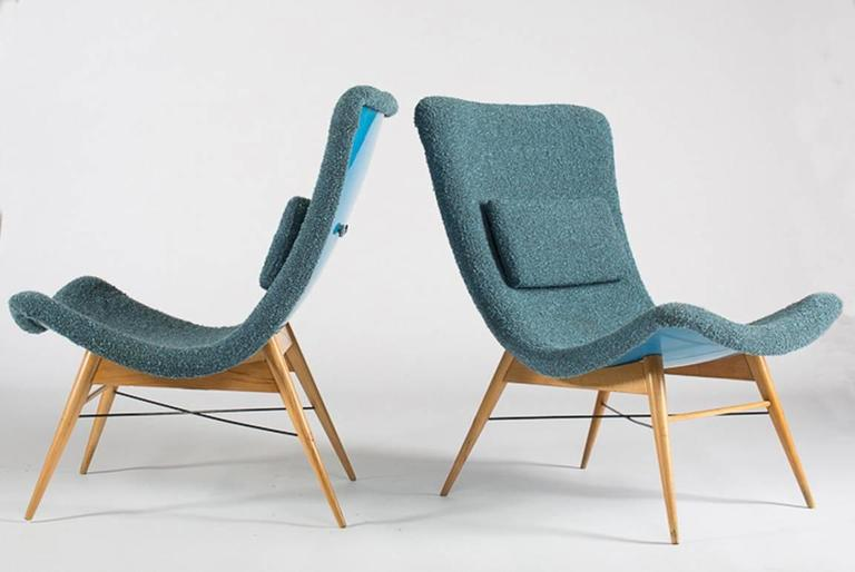 Easy chair by Miroslav Navratil, manufactured in Czech by Cesky Nabytek,  1959. Original