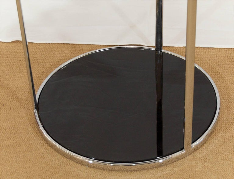 Chrome and Black Glass Side Table In Excellent Condition For Sale In New York, NY