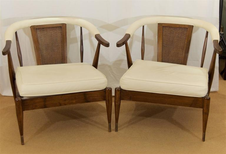 Pair of Low-Slung Lounge Chairs in the Style of Probber 2