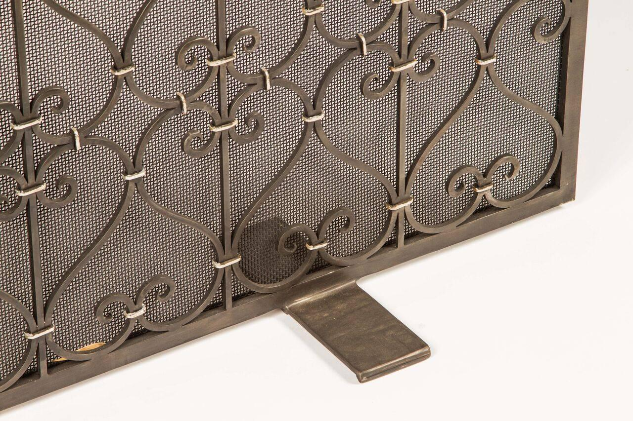custom wrought iron fire screen for sale at 1stdibs. Black Bedroom Furniture Sets. Home Design Ideas