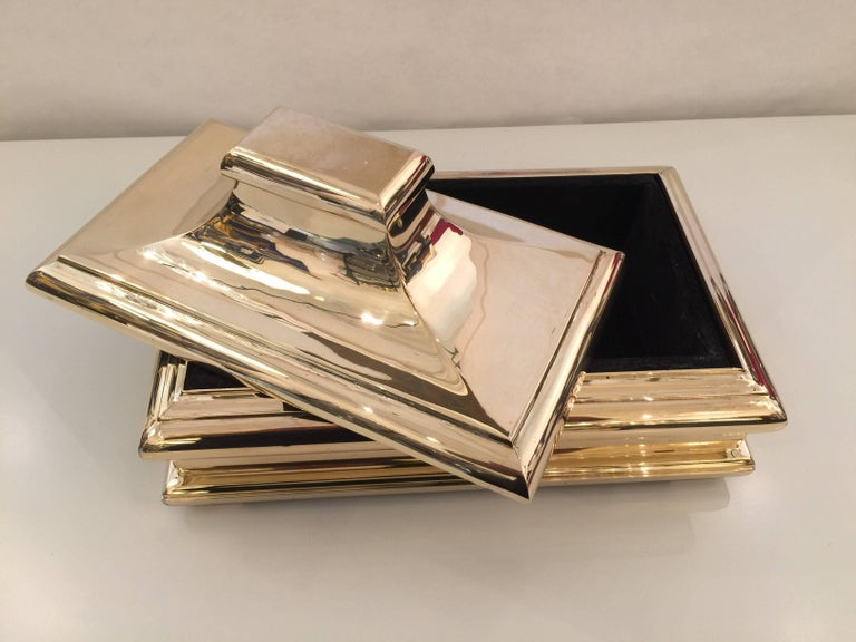 Oversized Heavy Polished Brass Box In Excellent Condition For Sale In East Hampton, NY