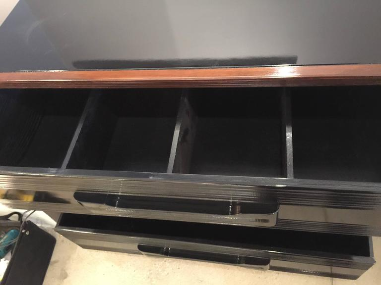 Pair of American 1940s Gentlemen's Chest of Drawers In Good Condition For Sale In East Hampton, NY