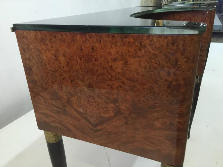 Mid-20th Century Pair of Exquisite and Rare Italian Nightstands or Sidetables For Sale