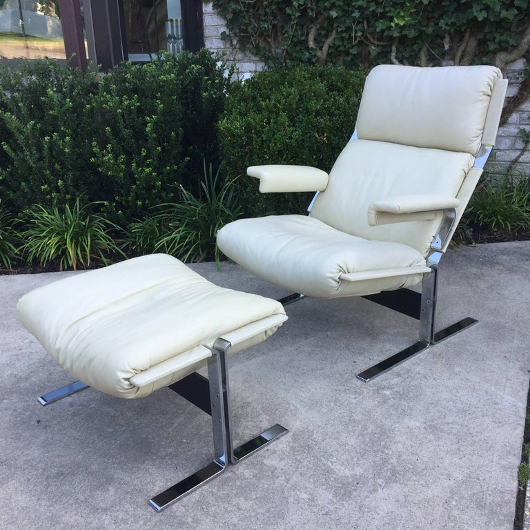 Saporiti Lounge Chair and Ottoman 8