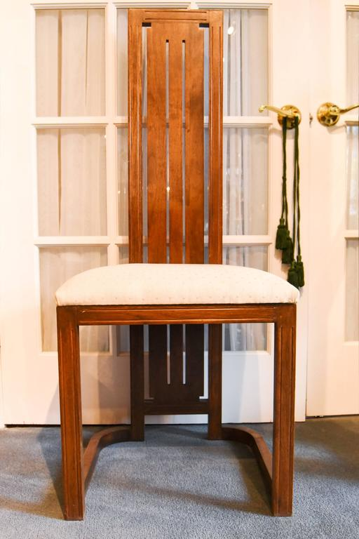 Frank Lloyd Wright-Style Dining Table with Twelve Matching Chairs, circa 1950 In Good Condition For Sale In Great Barrington, MA