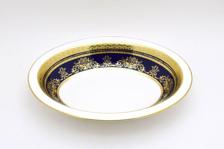 Late 20th Century Minton Extensive Pristine Dinner Service Cobalt Blue and Gold 232 Pieces For Sale