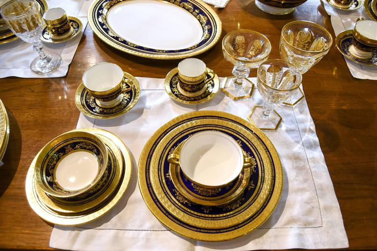 Minton Extensive Pristine Dinner Service Cobalt Blue and Gold 232 Pieces For Sale 1