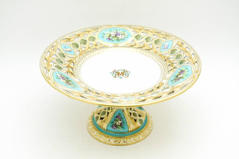 19th Century Worcester Hand-Painted Turquoise Partial Dessert Set In Excellent Condition For Sale In Great Barrington, MA
