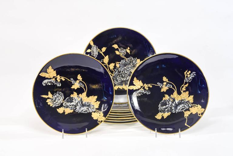 Davenport Aesthetic Movement Cobalt Blue Hand-Painted Chrysanthemum Dessert Set  In Excellent Condition For Sale In Great Barrington, MA