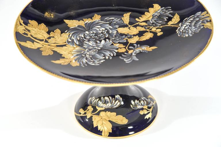 Late 19th Century Davenport Aesthetic Movement Cobalt Blue Hand-Painted Chrysanthemum Dessert Set  For Sale
