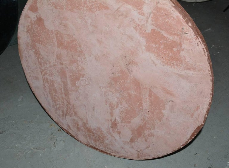 Round Cast Stone Top Metal Base Coffee Table In Good Condition For Sale In Great Barrington, MA