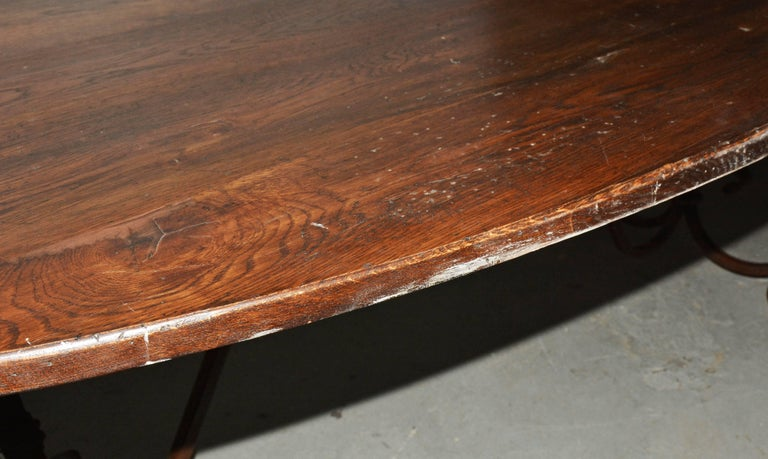 20th Century French Inspired Metal Base Oval Dining Table For Sale