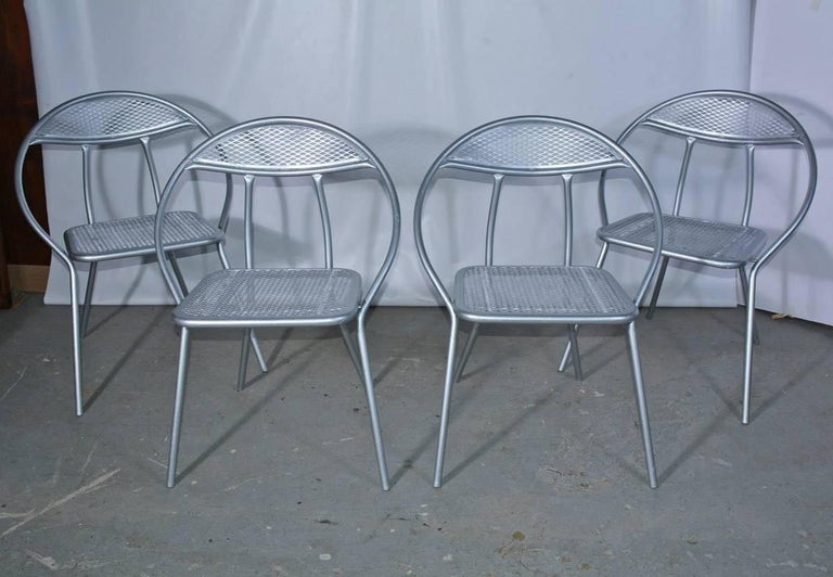 Steel Salterini Mid-Century Modern Folding Metal Patio or Garden Table and Four Chairs For Sale