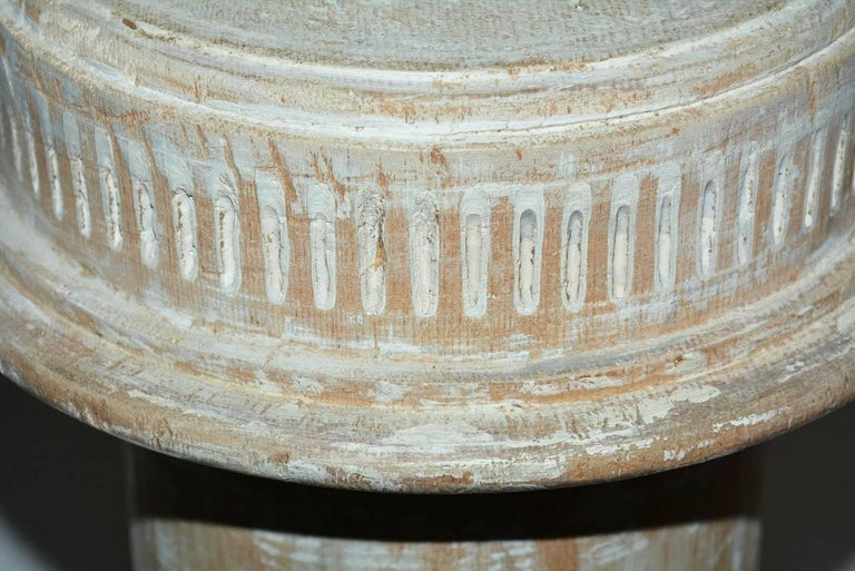 Antique Classical Style Column Wood Plinth In Good Condition For Sale In Great Barrington, MA