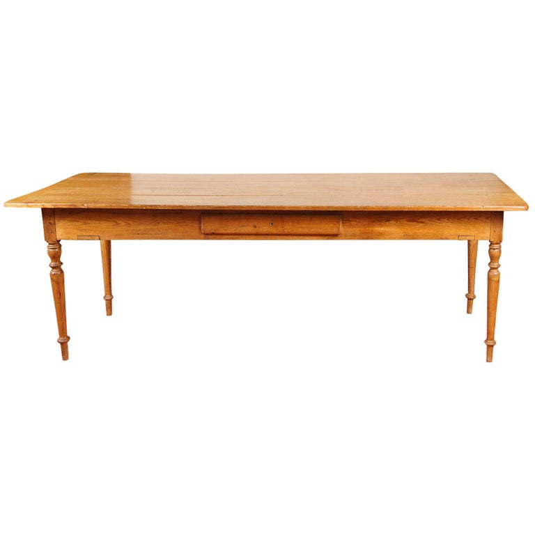 19th Century English Pine Country Dining Table For Sale