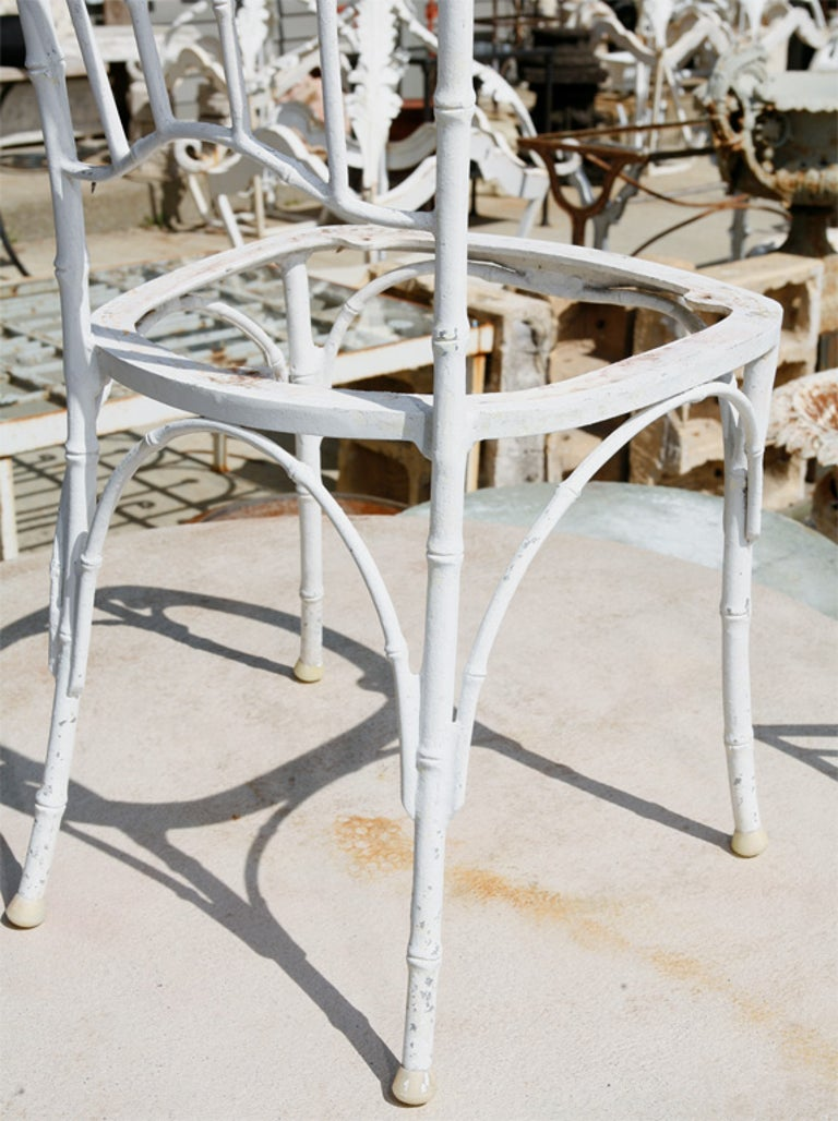 Faux Bamboo Metal Garden Dining Set In Good Condition For Sale In Great Barrington, MA