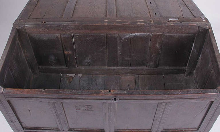18th Century and Earlier English Oak Chest 17th-18th Century For Sale