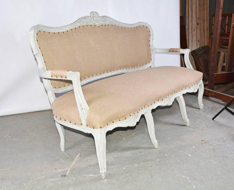 French 19th Century Louis XV Settee For Sale