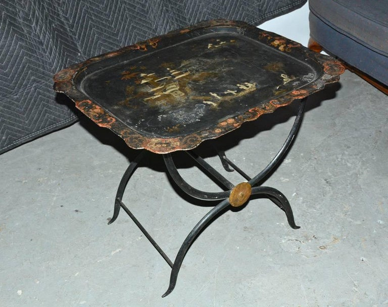 Hand-Painted Chinoiserie Tole Tray Table For Sale