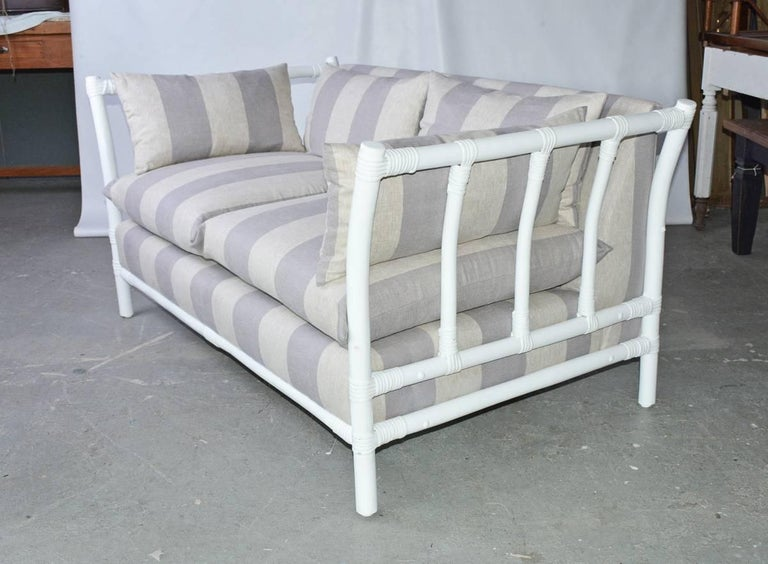 Mid-Century Modern Midcentury Porch or Sun Room Upholstered Loveseat For Sale