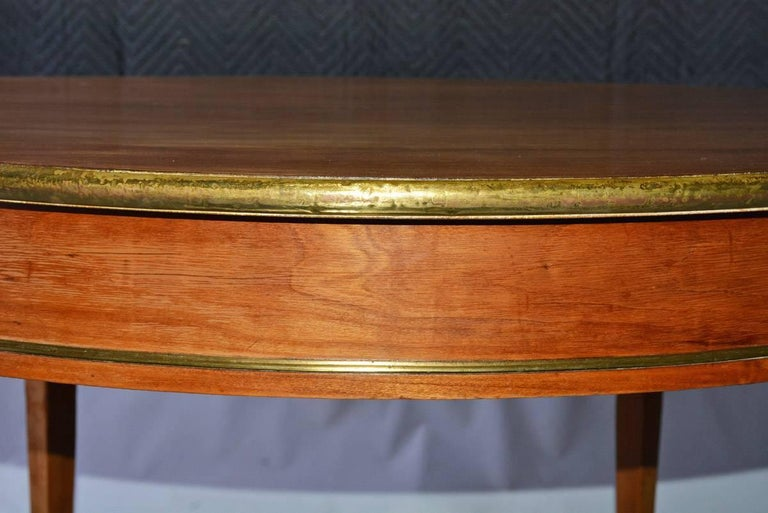 Napoleon III Round Occasional Table with Brass Trim In Good Condition For Sale In Great Barrington, MA