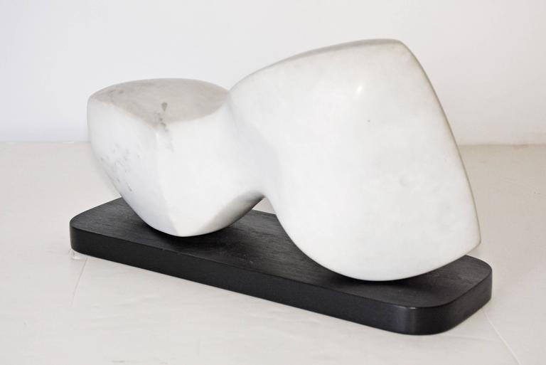Hand-Carved Contemporary White Veined Marble Sculpture on Black Base For Sale