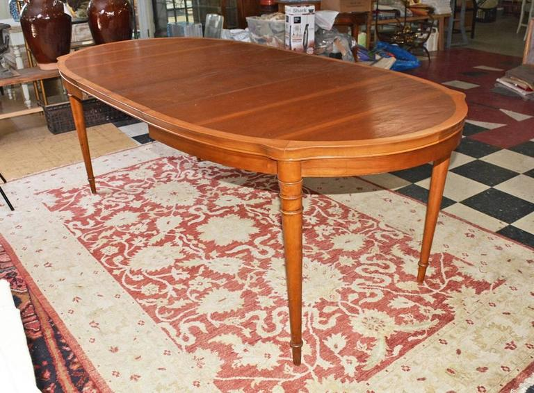 Vintage Drexel Two Tone Oval Dining Table With Leaves At