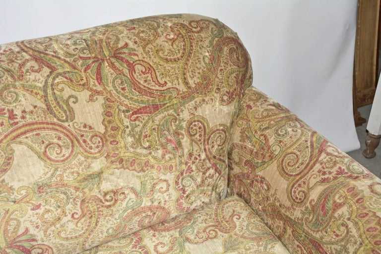 Napoleon III-Style Settee Covered in Paisley Velvet For Sale 1