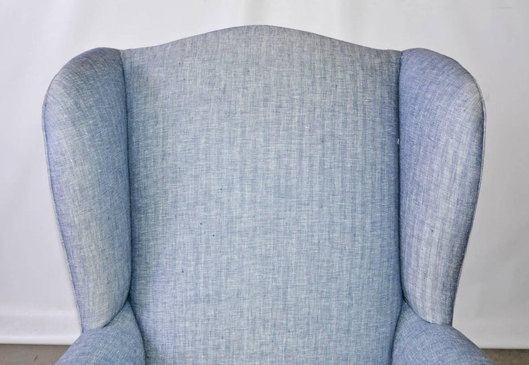 Mid-Century Modern Wingback Chair In Good Condition For Sale In Great Barrington, MA