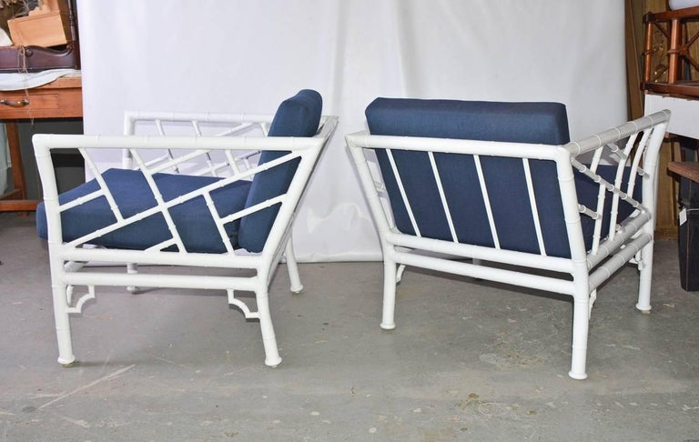 Four-Piece Metal Vintage Faux Bamboo Patio or Porch Set In Excellent Condition For Sale In Great Barrington, MA