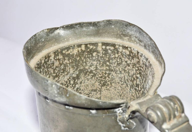Pewter Grain Measure In Distressed Condition For Sale In Great Barrington, MA