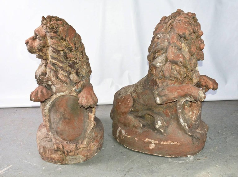 French Pair of 19th Century Terracotta Lions For Sale