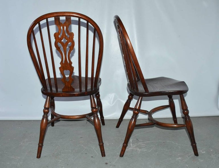 Hand-Crafted Set of Eight Georgian Style Windsor Dining Chairs For Sale