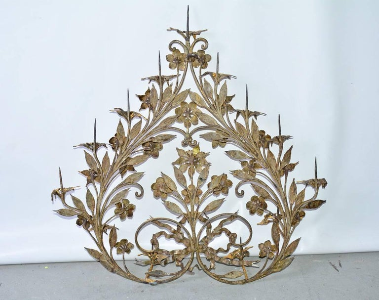 Antique Gilt Metal 12-Candle Floral Wall Sconce In Good Condition For Sale In Great Barrington, MA